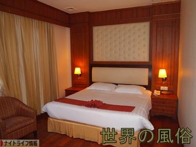 プノンペンの定宿 オルセーホテル ココは訳あり良ホテル!