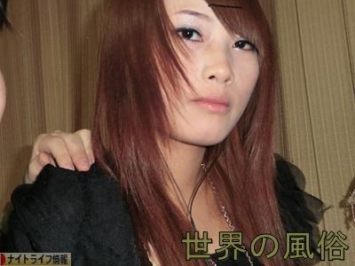 東莞市常平の置屋7 天鵝湖で女優系巨乳美女をハメ撮り