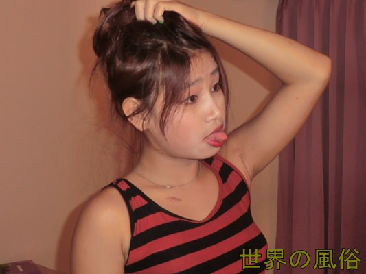 hotelgirl2