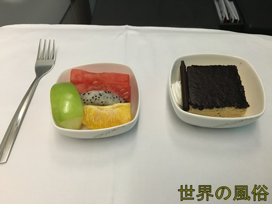 air-china-business-class1-food2