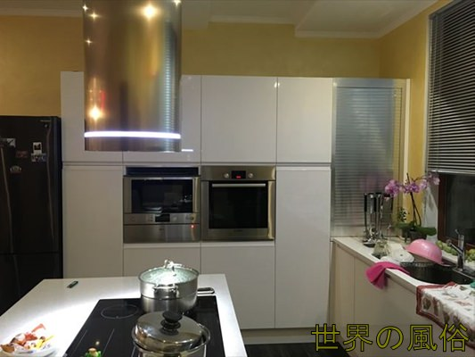 big-house-kitchen