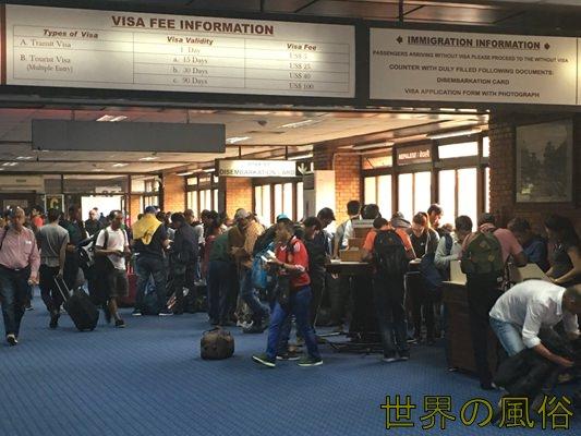 ネパールのカトマンズに行った初日の話。ビザとSIMとホテルと旅行会社情報